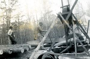 Elmer Warford running the saw at the Warford Sawmill