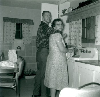 1958-12 Sallie Warford and Kenneth Warford - Christmas 001